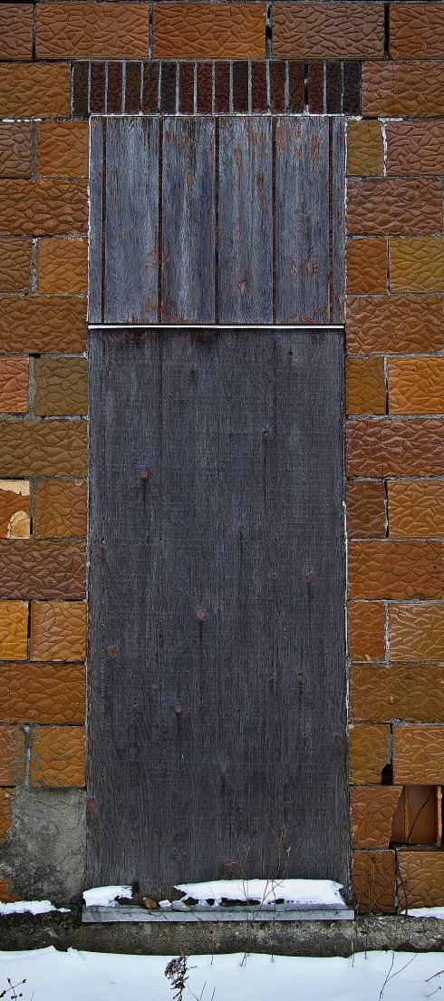 sturgeon bay door